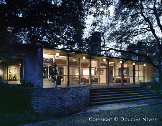 Significant Texas Modern Estate Home Designed by Architect O'Neil Ford - 5455 Northbrook Drive