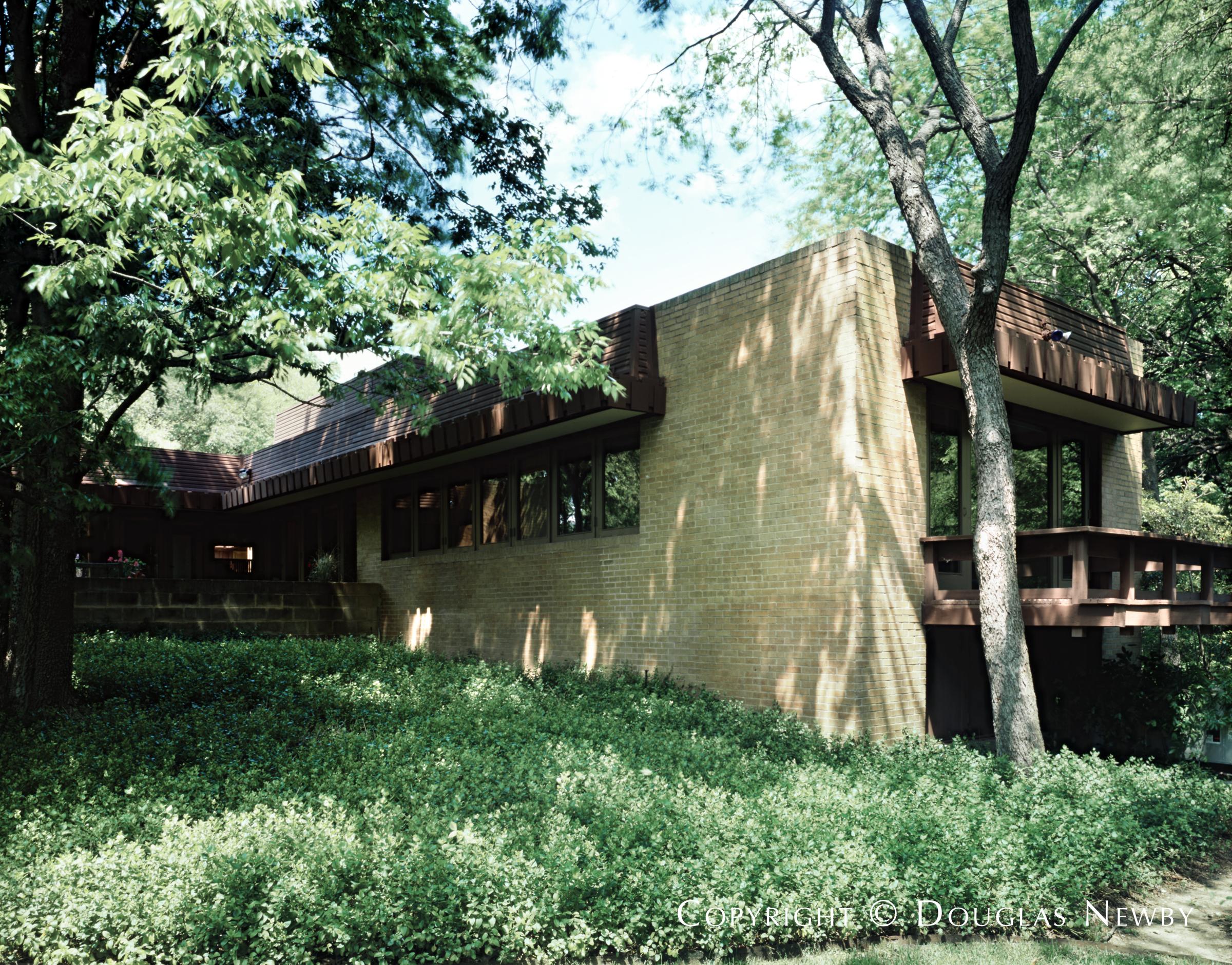 Sunnybrook Estates Neighborhood Home