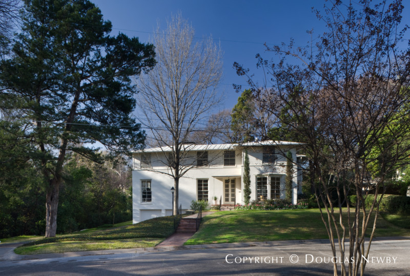 O'Neil Ford Texas Modern Home built in the 1930s