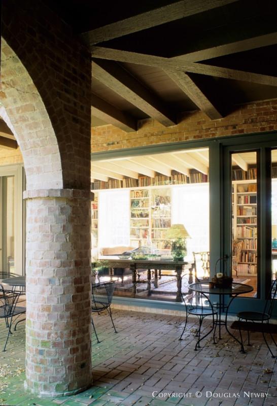 David R. Williams Texas Modern Home built in the 1930s