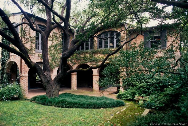 Texas Modern Home in Highland Park