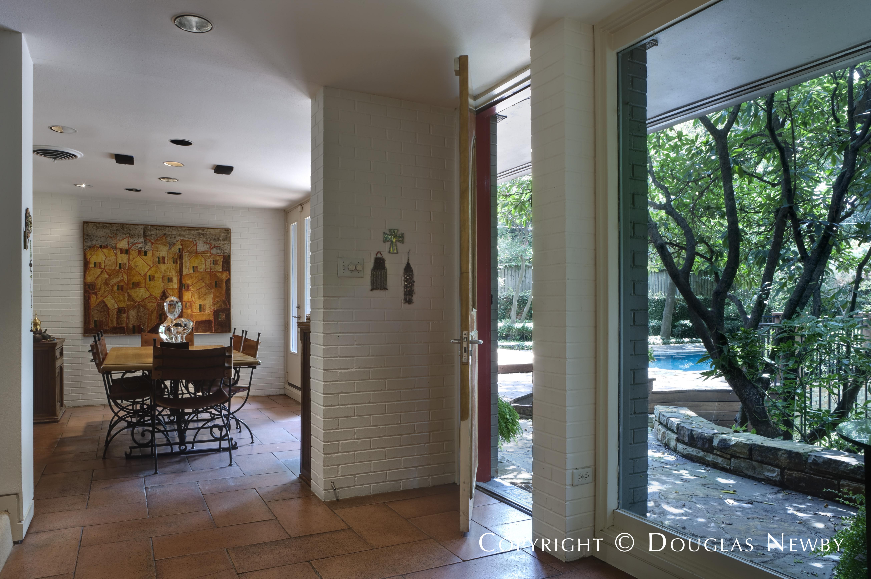 3840 Turtle Creek Drive, Dallas, Texas 75204