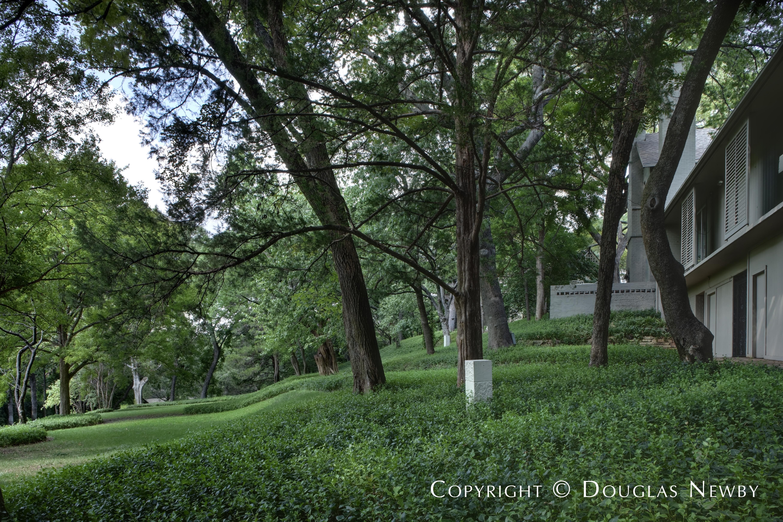 Turtle Creek Corridor Neighborhood Home