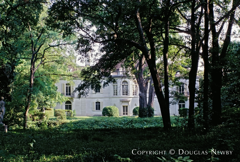 5555 Walnut Hill Lane, Dallas, Texas