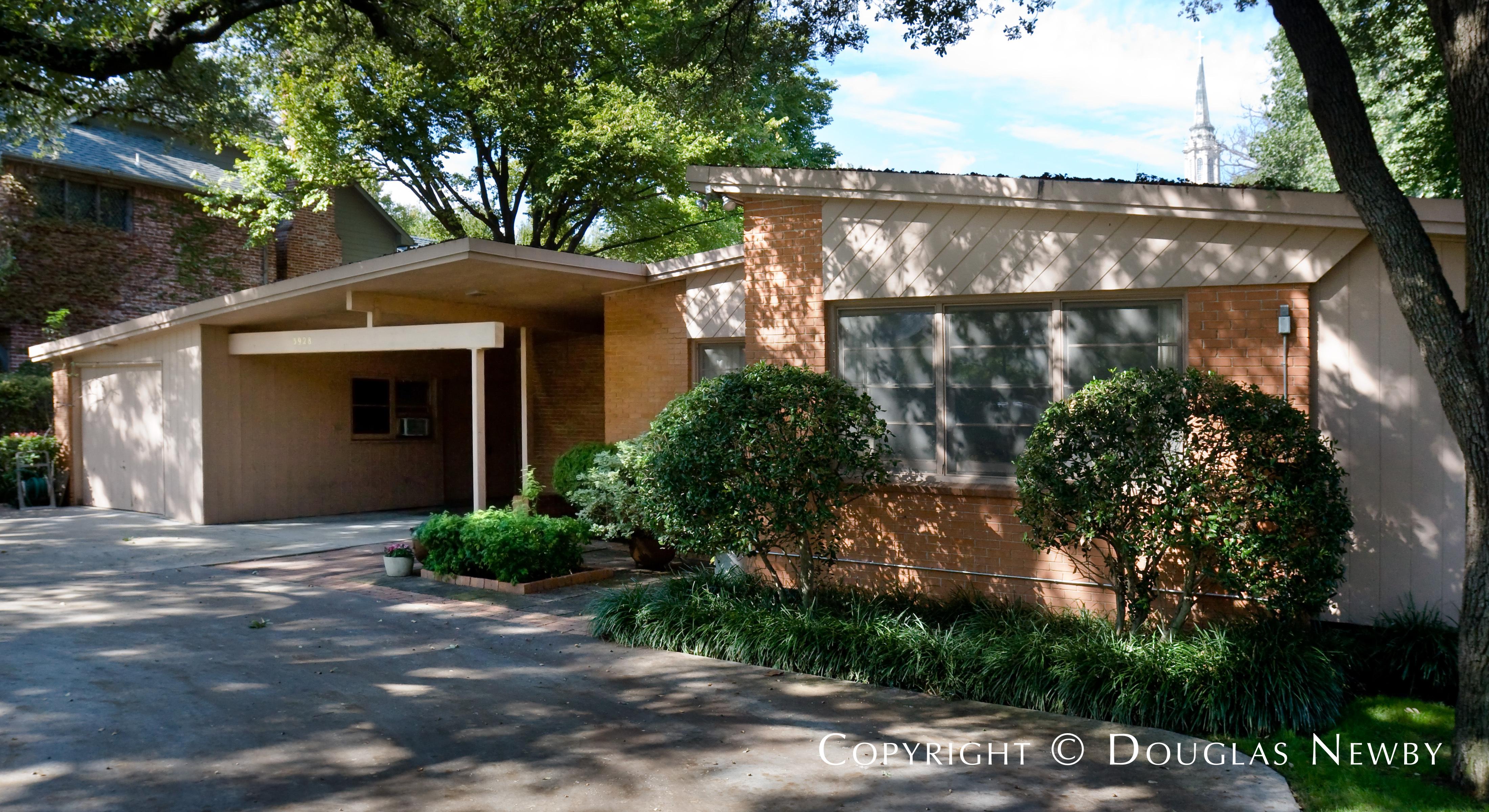 University Heights No 6 & 7 Neighborhood Home