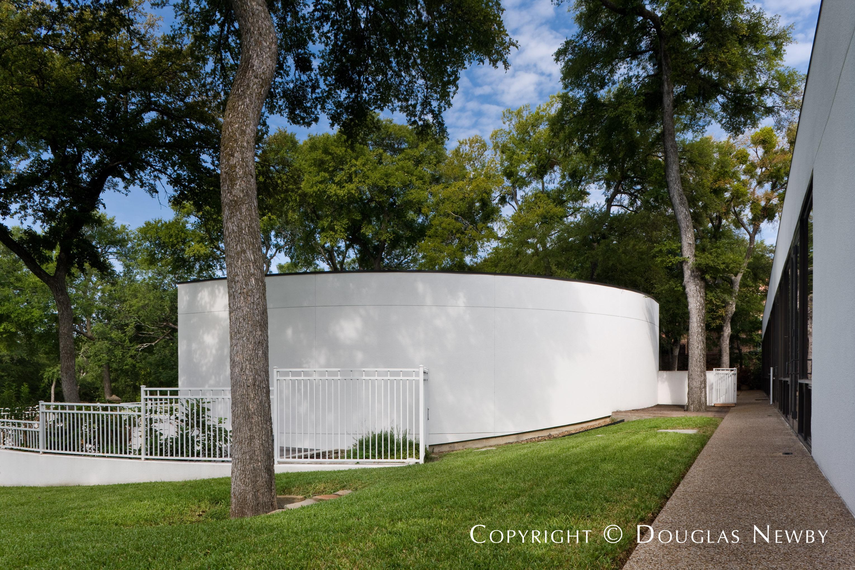 Architect James Nagle Designed Modern Home in Bent Tree