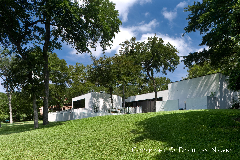 Architect James Nagle Designed Modern Home