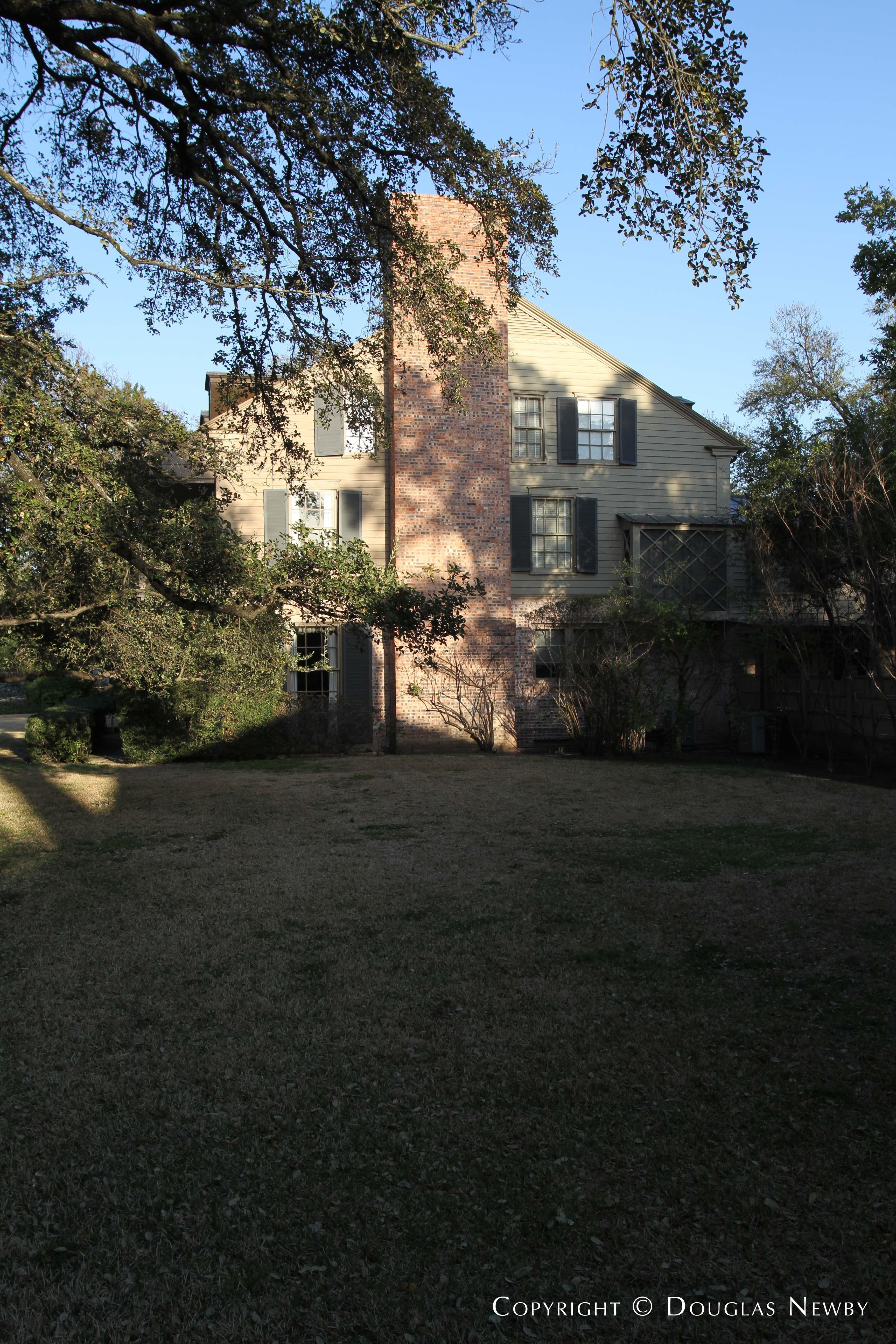 Texas Modern St. Andrews Place Neighborhood Home