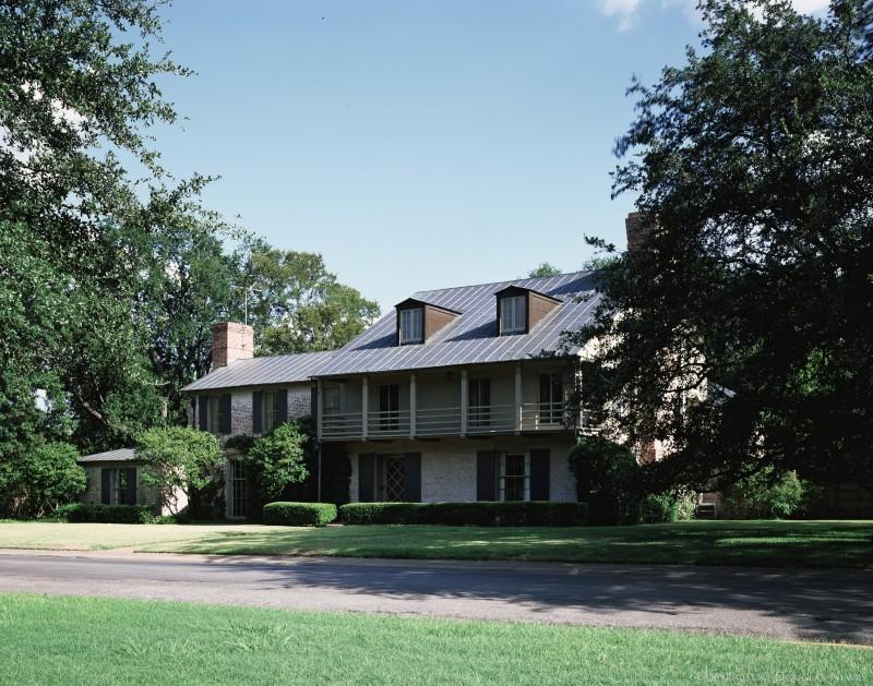 David R. Williams Designed Texas Modern Home