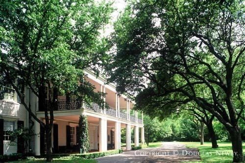 Larry Boerder Designed Home in Turtle Creek Acreage of Old Highland Park