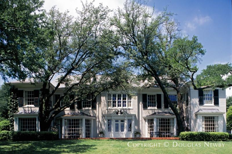 Real Estate in Turtle Creek Acreage of Old Highland Park