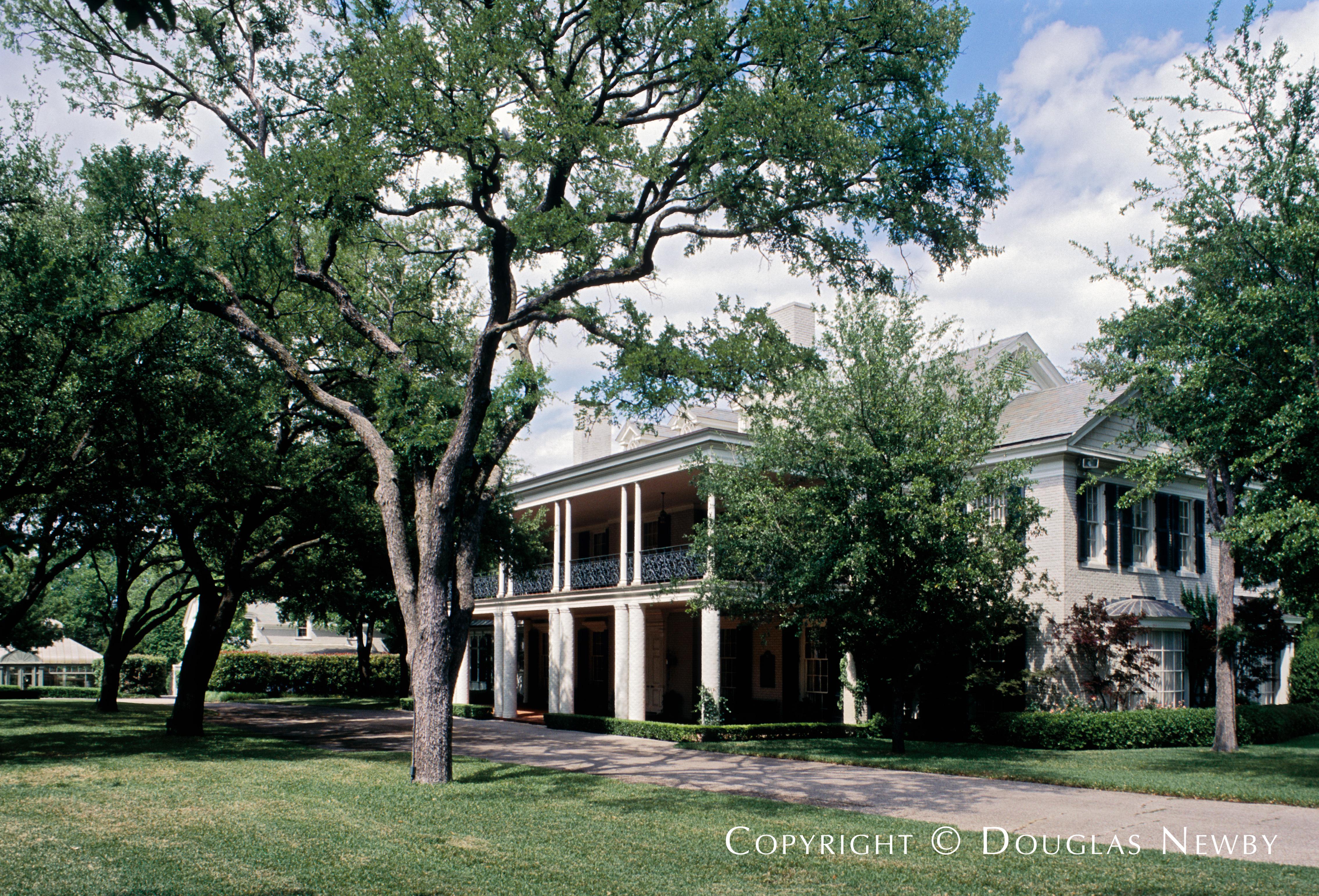Architect Larry Boerder Designed Home in Highland Park