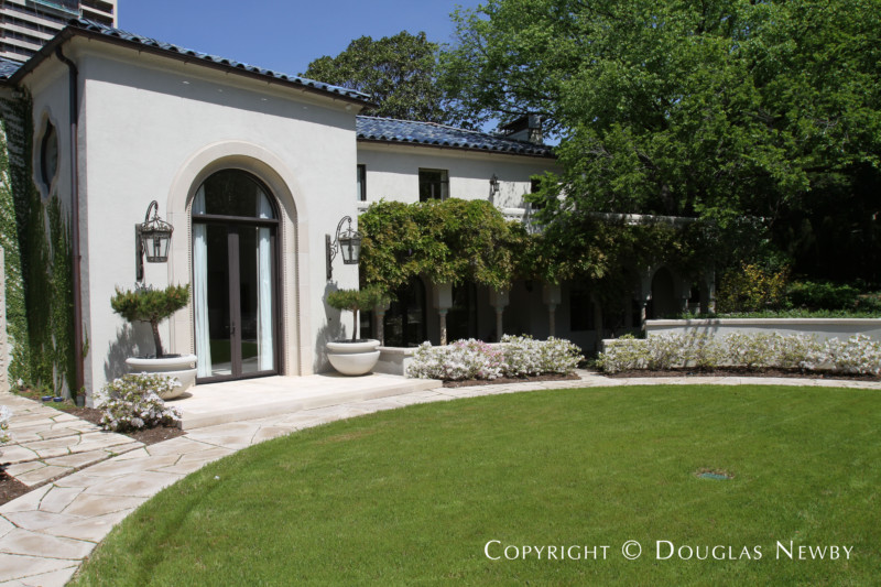 Turtle Creek Corridor Real Estate on 0.68 Acres