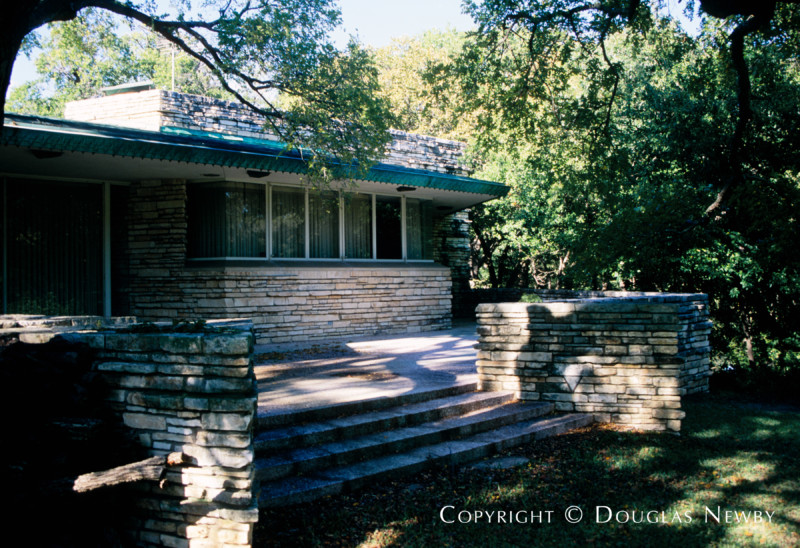 Frank Lloyd Wright Designed Home in Sunnybrook Estates