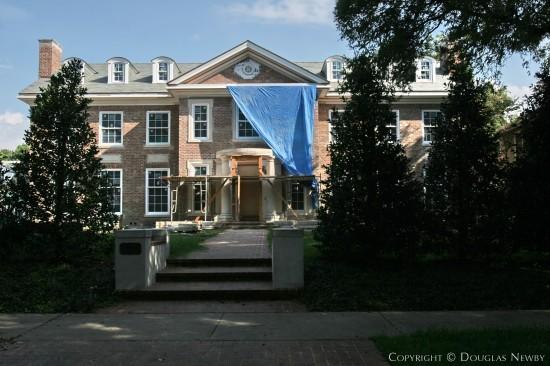 Residence in Highland Park - 3820 Gillon Avenue