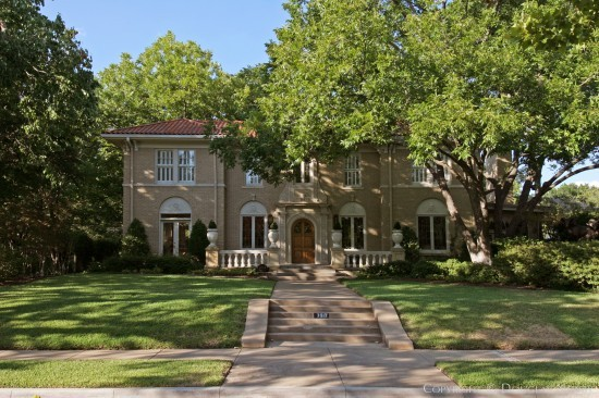 Mediterranean Residence in Highland Park - 3512 Crescent Avenue