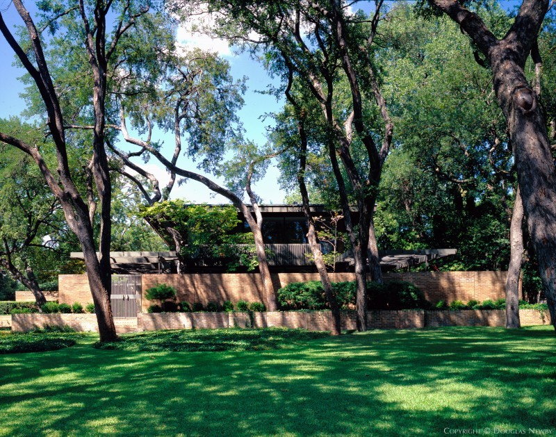 Architect E.G. Hamilton Designed Contemporary Home in Highland Park