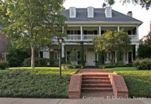 Residence Designed by Architect Larry Boerder - 3904 Miramar Avenue
