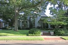 Residence in Highland Park - 4011 Miramar Avenue