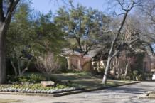 House in Highland Park - 4419 Highland Drive
