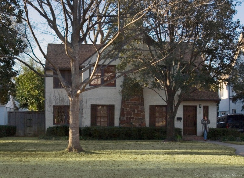 Hal O. Yoakum Designed Home in Fourth Section of Old Highland Park