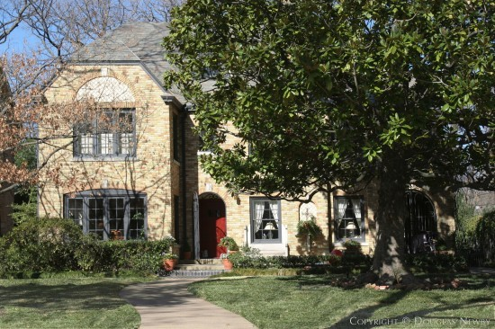 Residence in Highland Park - 3308 Beverly Drive