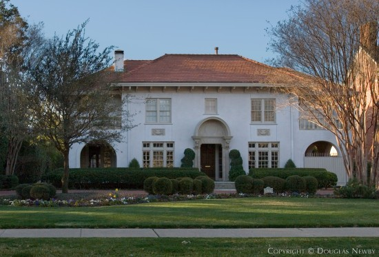 Residence in Highland Park - 3639 Beverly Drive