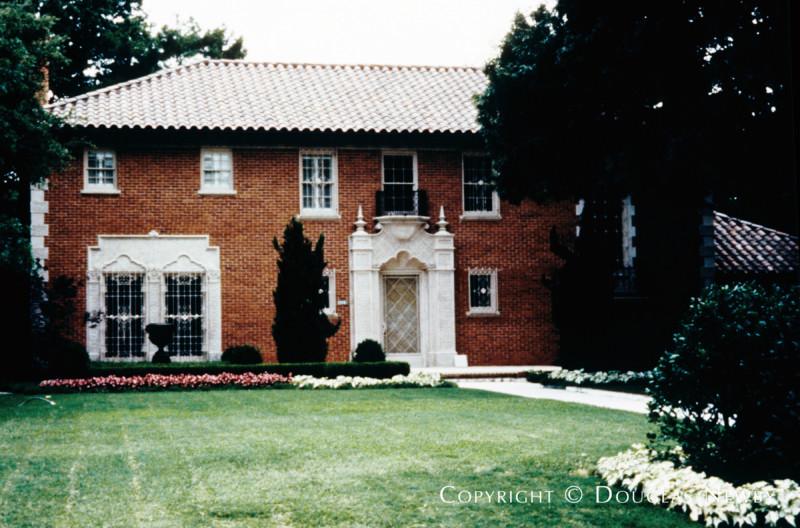 Architect Fooshee & Cheek Designed Home