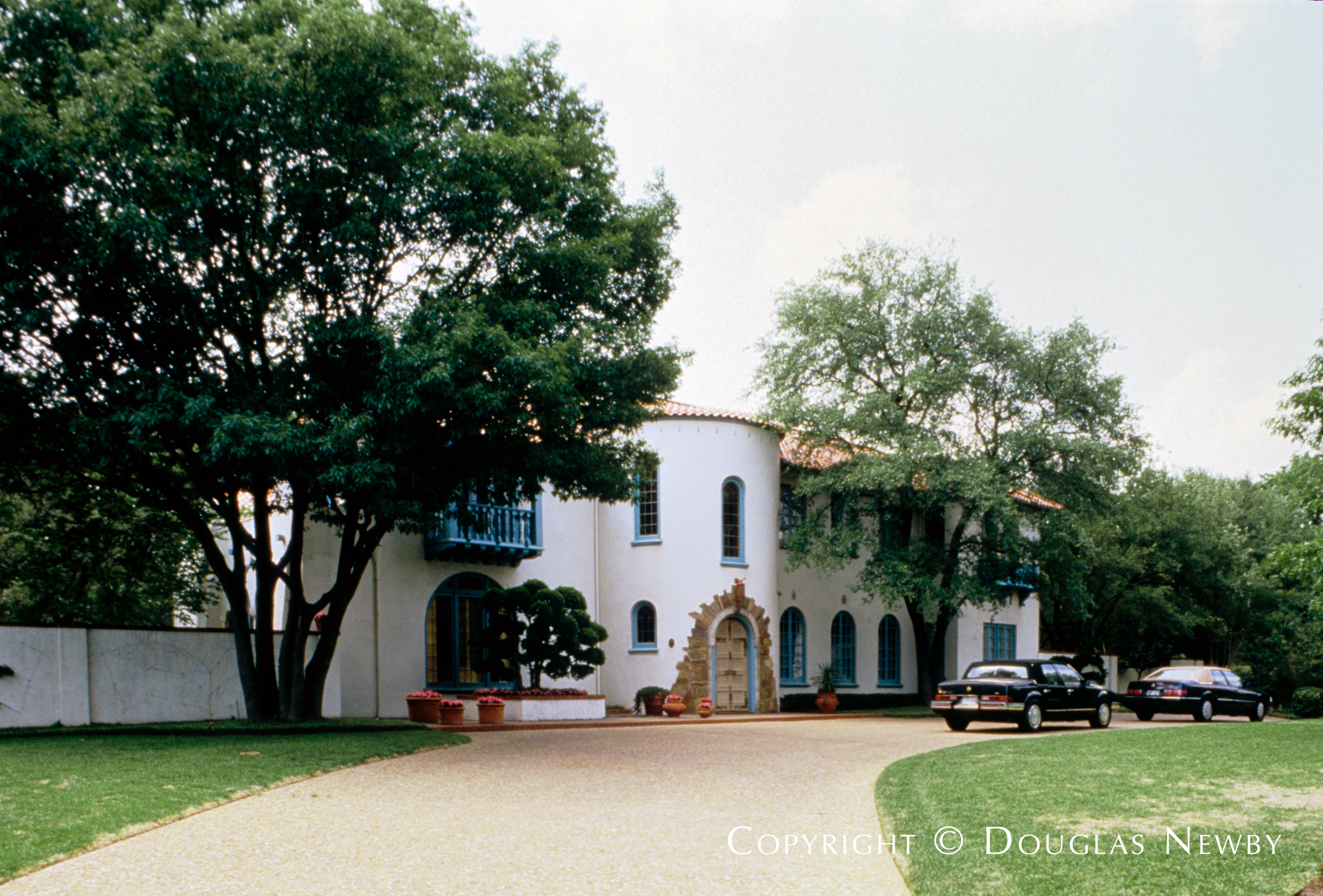 Spanish Colonial Revival Highland Park Real Estate