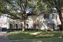 House in Highland Park - 4304 Livingston Avenue