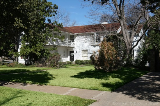 Real Estate Designed by Architect Hal O. Yoakum - 4230 Belclaire Avenue
