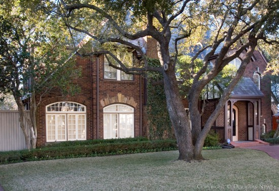 Real Estate Designed by Architect Verne E. Shanklin - 4331 Beverly Drive