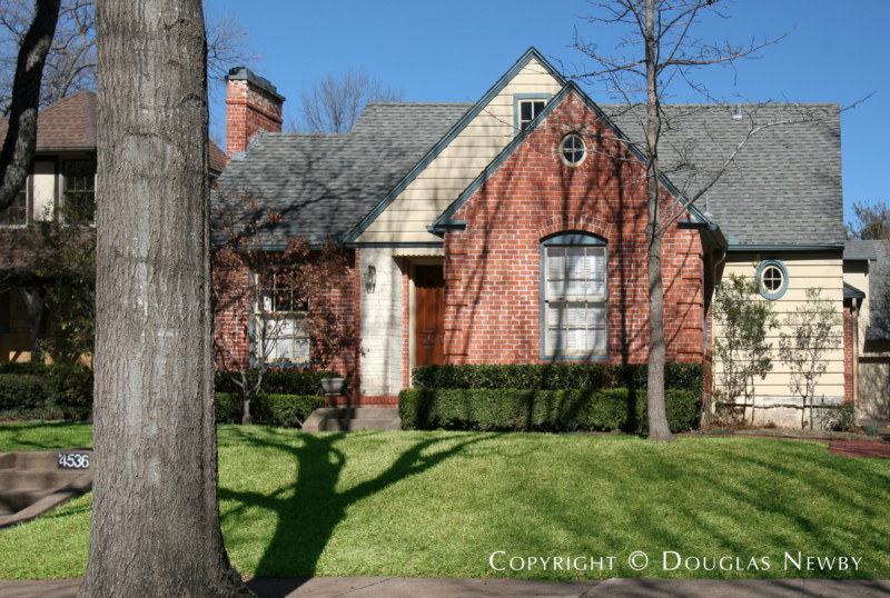 Hal O. Yoakum Designed Home in Fifth Section of Highland Park West of Preston