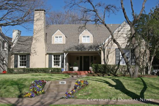 Home in Highland Park - 4528 Lorraine Avenue
