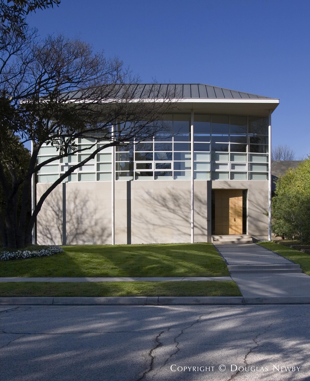 Morrison-Seifert-Murphy Modern Home built in the 2000s