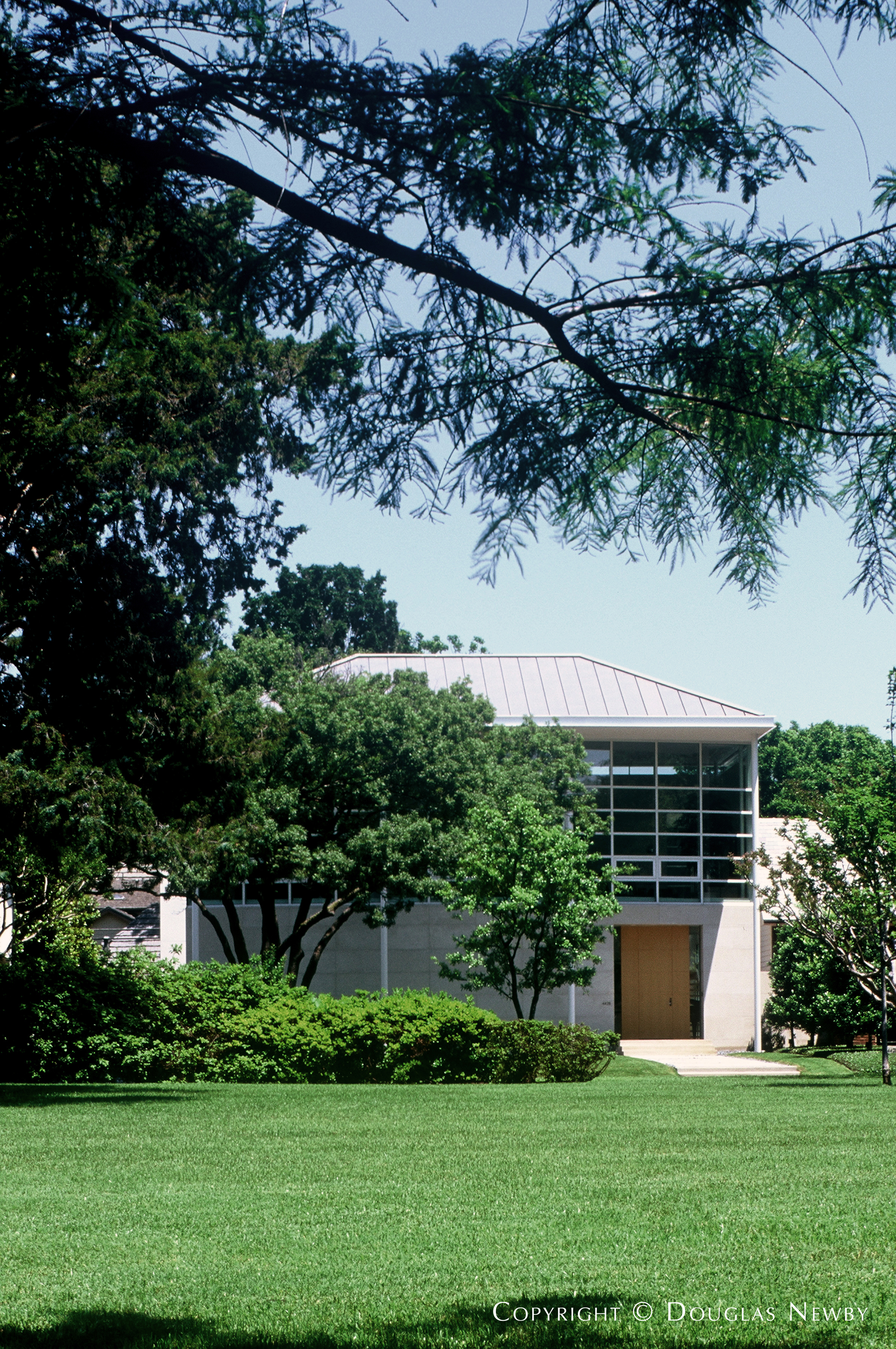 Fifth Section of Highland Park West of Preston Modern Home