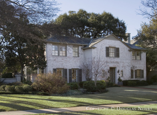 House Designed by Architect Flint & Broad - 4409 South Versailles Avenue