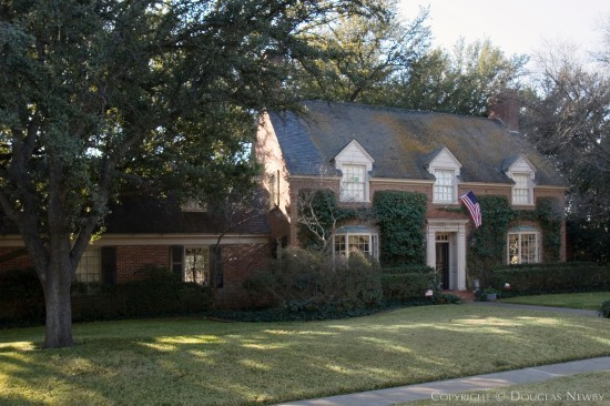 Home Designed by Architect Goodwin & Tatum - 4425 South Versailles Avenue