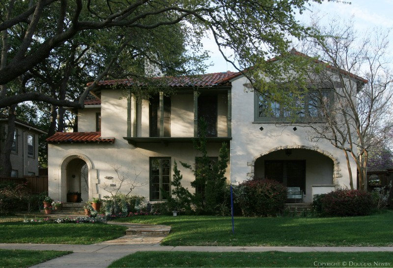 This Spanish Style Highland Park Home Was Built In 1936 And Designed By Linskie Witchell A Dallas Architectural Firm It Has Traditional