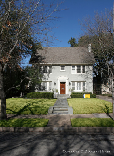 Residence in Highland Park - 3616 Normandy Avenue