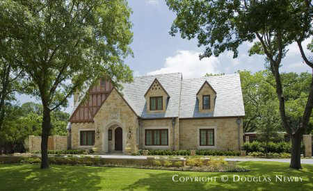 English Style Home in Devonshire