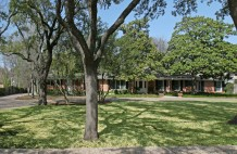 Residence in Preston Hollow - 5543 Winston Court