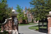 Estate Home in Preston Hollow - 5131 Deloache Avenue
