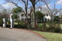 Estate Home in Preston Hollow - 5333 Deloache Avenue