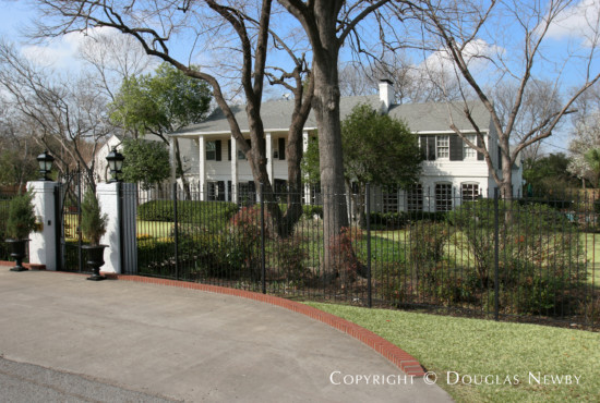 Estate Home in Preston Hollow - 5333 Deloache Avenue