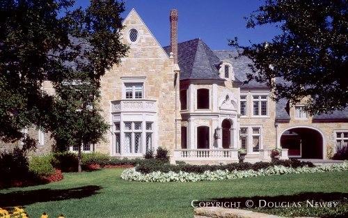 9707 Meadowbrook Drive, Dallas, Texas