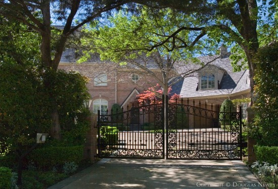 Estate Home in Preston Hollow - 9301 Meadowbrook Drive