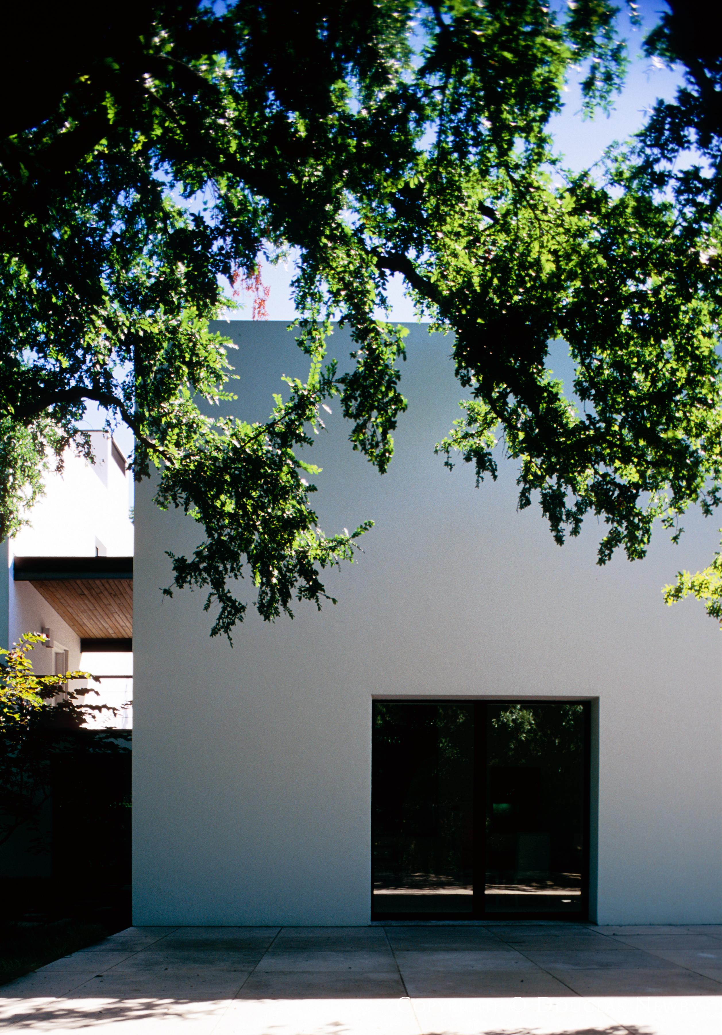 Architect Edward Larabee Barnes Designed Home