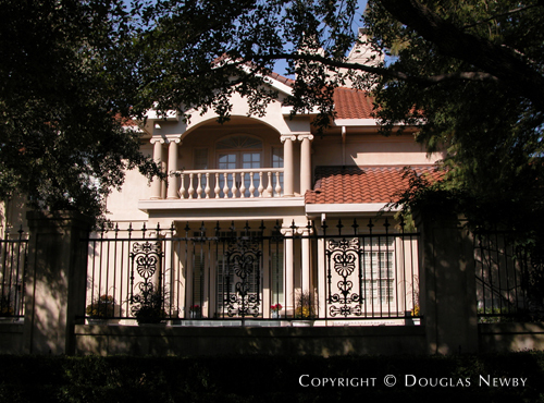 Estate Home in Preston Hollow - 9006 Douglas Avenue