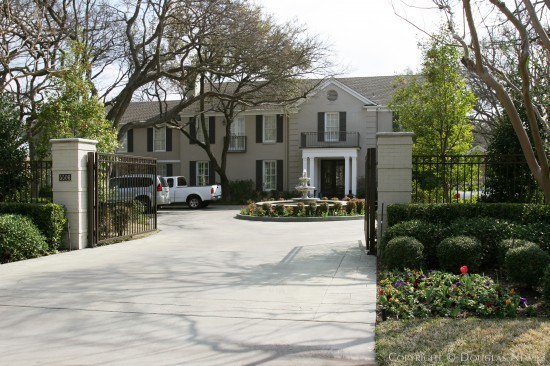 Estate Home in Preston Hollow - 5506 Deloache Avenue
